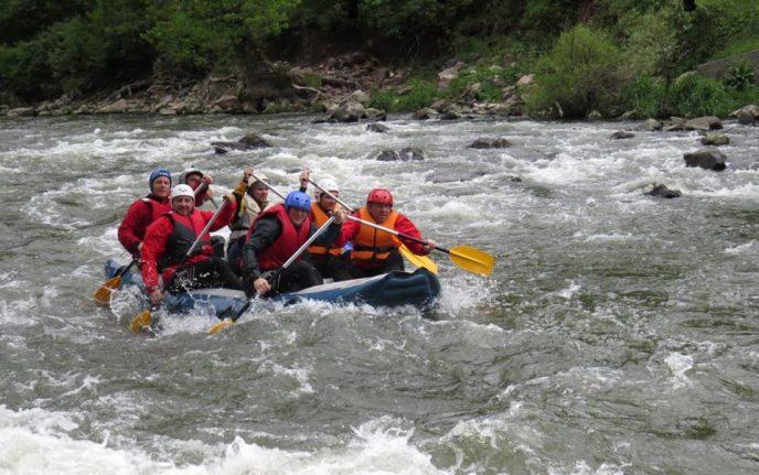 Рафтинг по река Искър