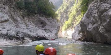 В каньона на река Арактус